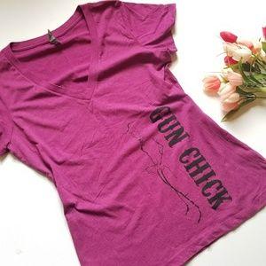 Gun Chick Sz XXL V Neck T Shirt